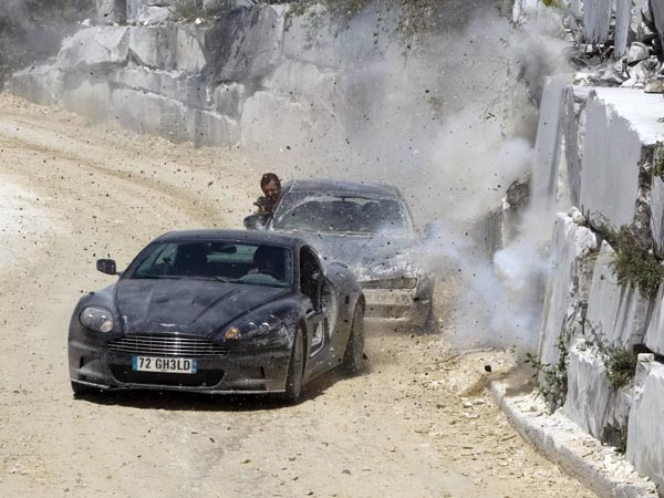 "Aston Martin DBS, 2008. Кадр из фильма ""Квант милосердия"" (Quantum of Solace)"