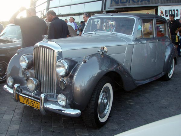 Bentley Mark IV, 1963. Автомобиль Джеймса Бонда.