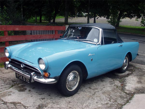 Sunbeam Alpine, 1962. Автомобиль Джеймса Бонда.